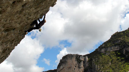 Climbing in Gorges du Tarn, France