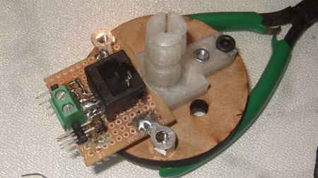 RJ45 board and Bowden clamp on hotend mount plate